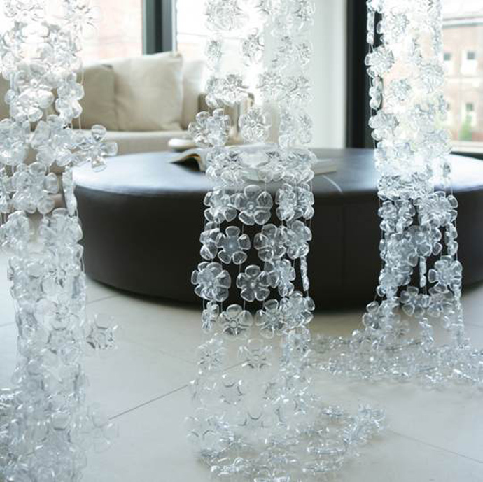 plastic-bottle-art-designrulz-1